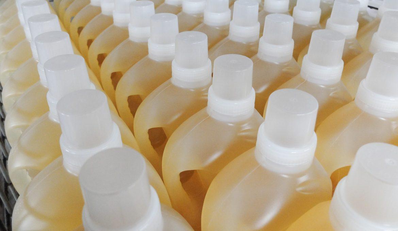 Enzimas em detergentes: saiba como elas funcionam