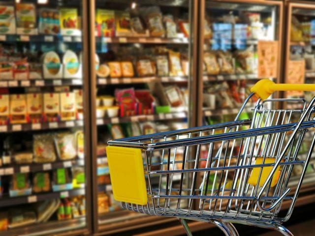 Como escolher o detergente lava-roupas no supermercado