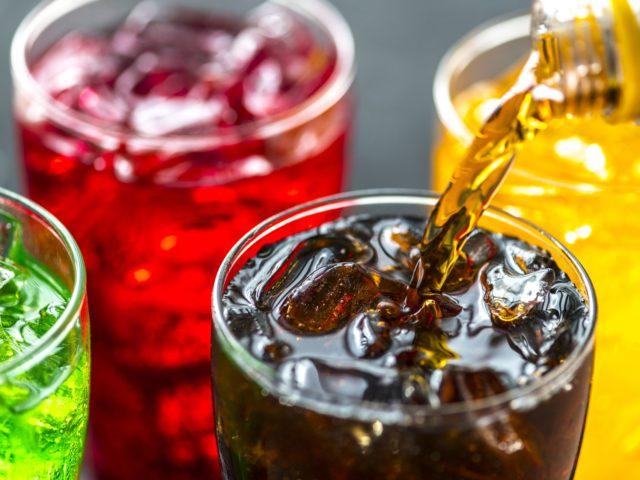 Projeto na Câmara quer advertência contra consumo abusivo de bebidas açucaradas