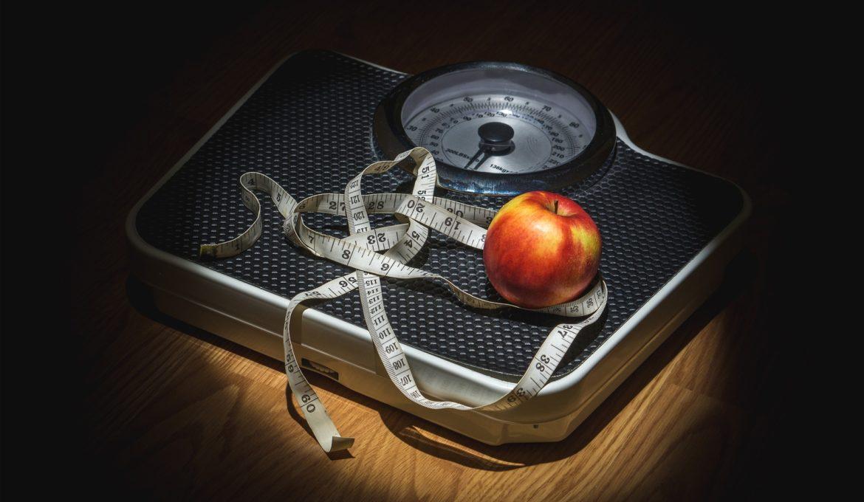 Países precisam adotar incentivos e leis públicas para promover dietas saudáveis e conter obesidade