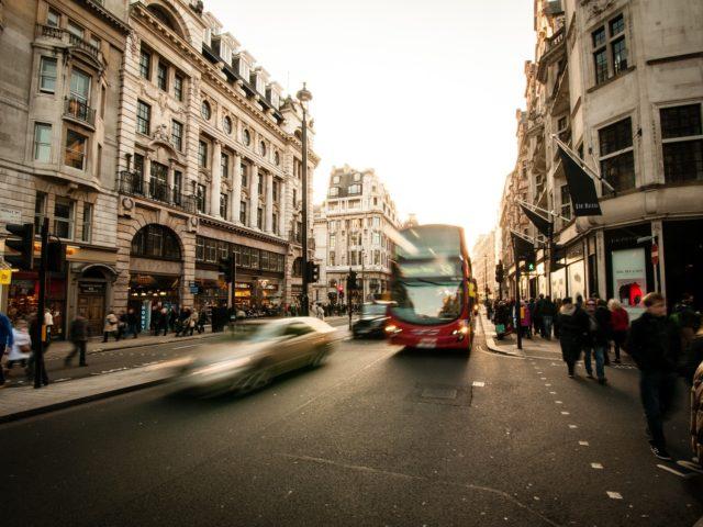 Projeto de Lei determina controle de poluentes e ruídos do transporte público
