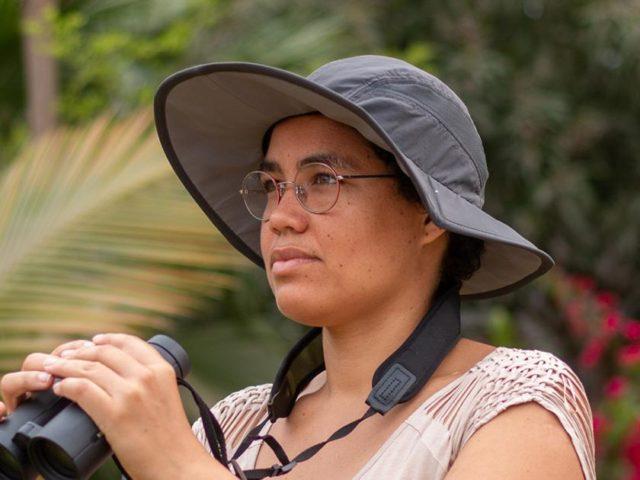 Jovem angolana ensina formas de preservar o meio ambiente