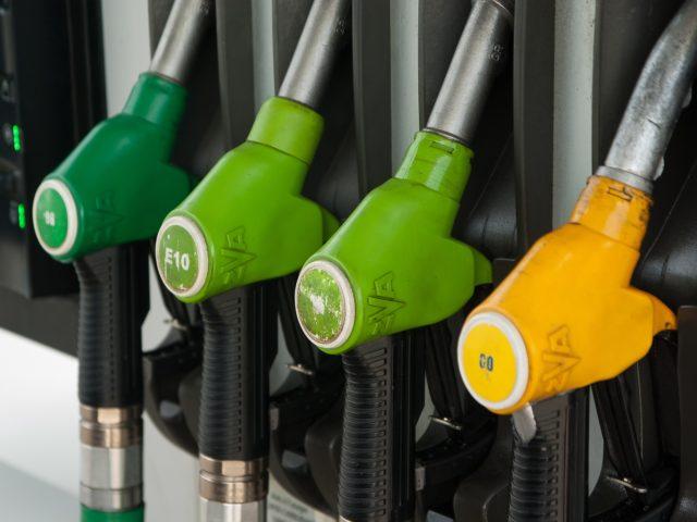 Relatório sobre combustíveis fósseis cita Angola e Brasil