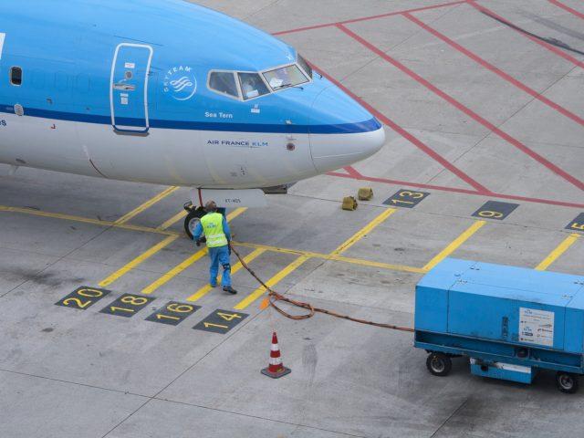 KLM começa a usar biocombustíveis em voos comerciais
